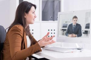 psychologue pouvant travailler avec un étudiant en formation